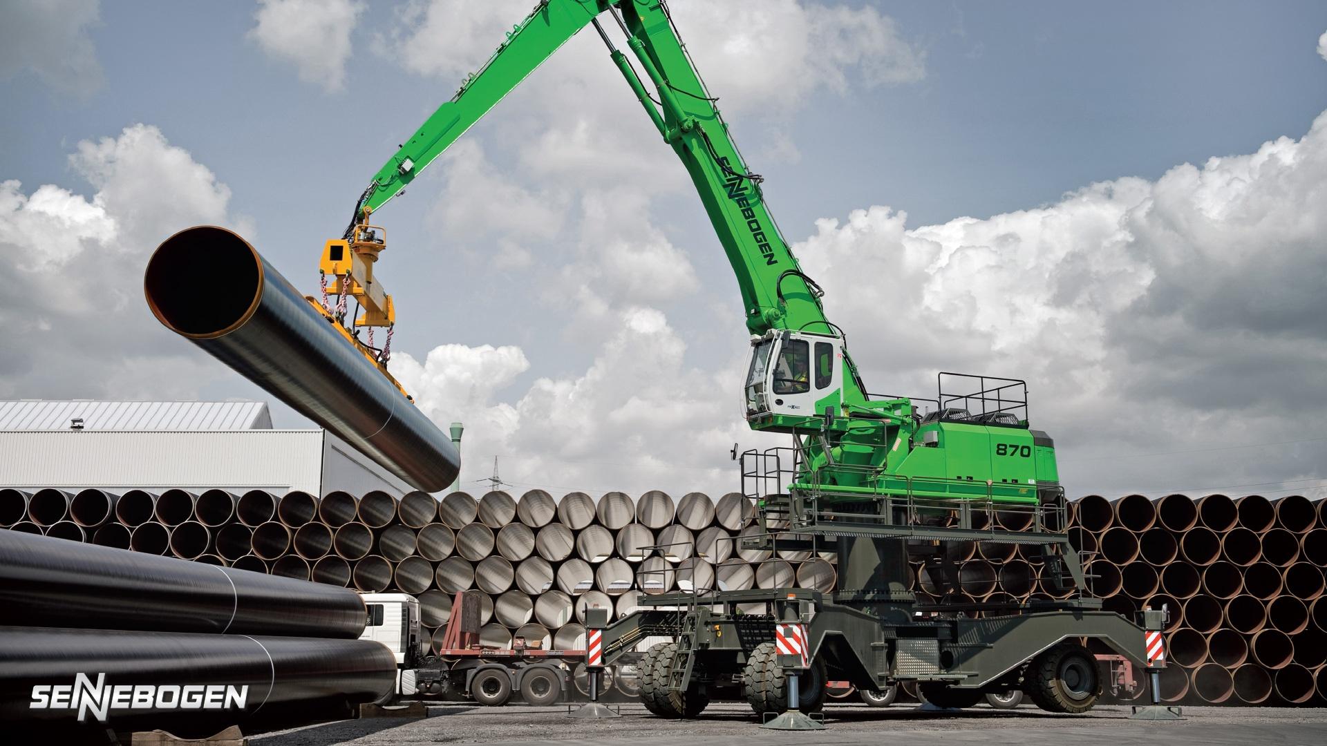 sennebogen machine handling pipes